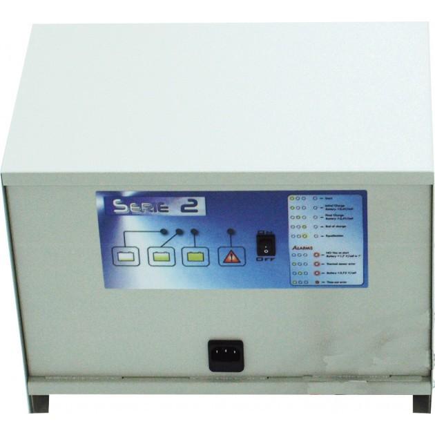 Chargeur universel batterie humide 24 V/50 Ah