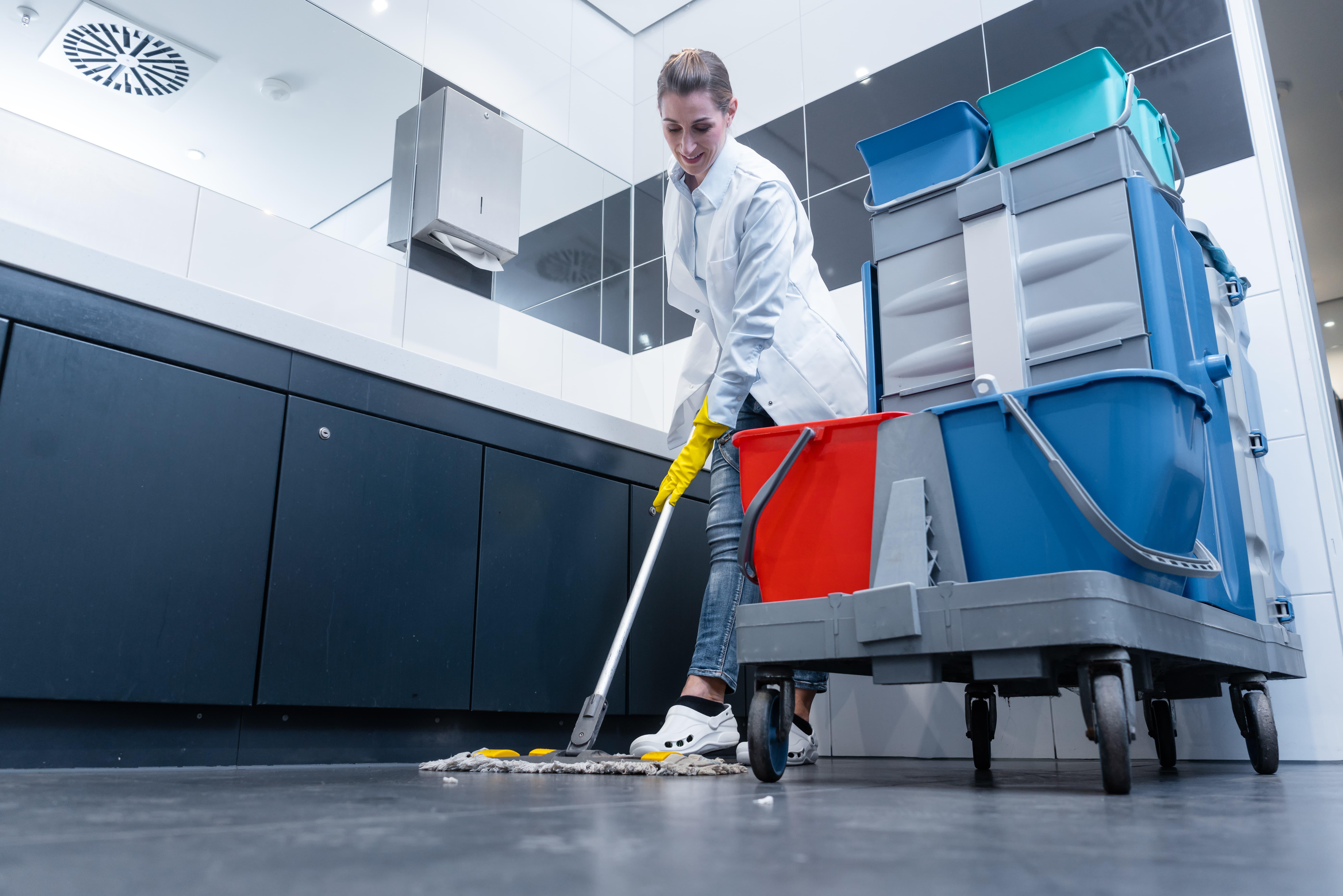 Les règles de sécurité du nettoyage professionnel Delcourt.fr